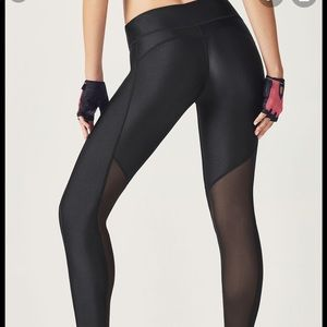 Fabletics Mesh Powerhold Legging